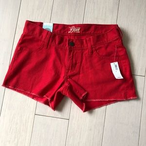 Old navy Red shorts sz 0 NWT